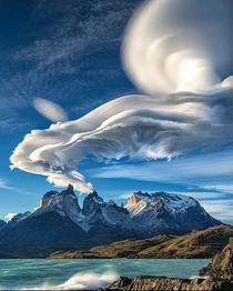 Lenticular clouds Chile Credit Michael Fung