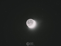 Moon featuring surrounding stars x-post rastrophotography
