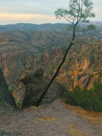 OC Pinnacles NAtional Park CA in late October