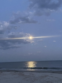 Pic of tonights supermoon from the shores of Hilton Head Island South Carolina shot on on iPhone