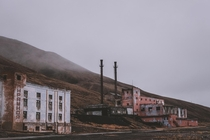 Soviet ghost town on Svalbard Jan Erik Waider