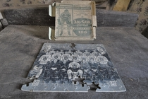 - Toronto Maple Leafs Stanley Cup Championship Team Puzzle Found Inside an Abandoned Time Capsule House