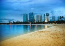 Waikiki after Sunset by Stuck in Customs