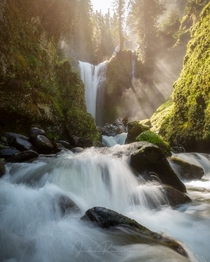 A beautiful waterfall in the Gifford Pinchot National Forest Washington State