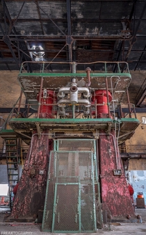 A Big Red Machine in an abandoned Buffalo NY Factory OC - x