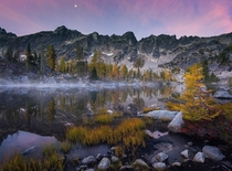 A calm morning in the Washington Backcountry The Enchantments WA