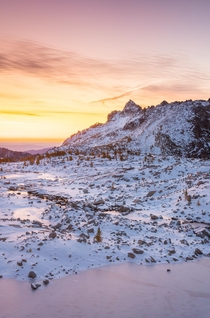 A Cold Sunrise in the Enchantments WA