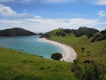 A deserted island at Bay of Islands - NZ