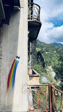 A detail of a graffity rainbow cat in the abandoned Sanatorio del Gottardo I will post a video with shots in the comment if you wanna see more
