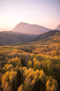 A fall scene that will be imprinted in my mind for years to come While devastating smoke from the CA wildfires does create a beautiful haze for sunset during the right conditions - CRESTED BUTTE CO
