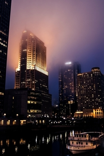 A foggy night on the Chicago River