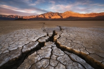 A giant crack in earths crust - Mohave Desert