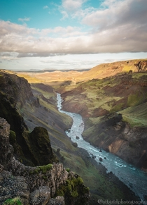 A gorgeous shot of a river running through a valley in Iceland