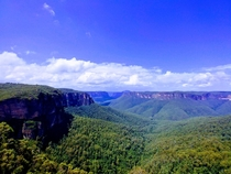 A -hour hike through the Grand Canyon to finish with this view Govetts Leap lookoutCliff Top Track Blue Mountains National Park in NSW Australia