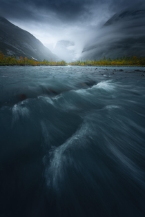 A moody autumn morning in Austerdalen Norway