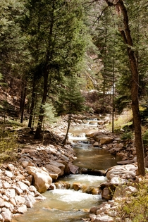A nice day for a hike along the South Cheyenne Creek Colorado Springs CO  x