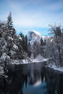 A peaceful morning in Yosemite just after a snow storm that closed the park for days OC x
