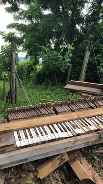 A piano I walked by in the Hungarian countryside