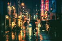 A rainy night in Tokyo  Photographed by Masashi Wakui