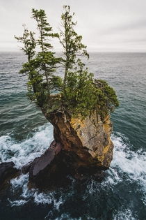 A rock standing alone on Lake Superior from tettegouche in MN