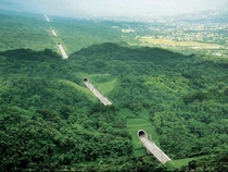 A series of tunnels through Taiwan Credit to uOda_nicullah x-post rpics