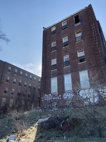 A shot of the Kings Park Psychiatric Centers Building  The building was constructed in  and housed geriatric patients