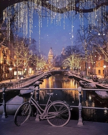 A snowy evening in Amsterdam