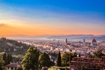 A unique view to Florence while the city watches the sunset