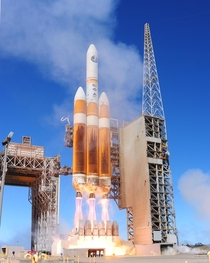 A United Launch Alliance Delta IV-Heavy rocket carrying a National Reconnaissance Office payload launches Aug   from Space Launch Complex- at Vandenberg Air Force Base in California United States of America USA Photographer Joe Davila United States Air Fo