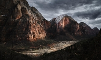 A view from the Angels Landing ascent in Zion National Park   x