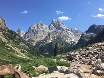 A view of the Tetons from Lake Solitude trail