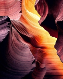 A wave of color at Antelope Slot Canyon