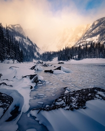 A windy Winter sunrise at Rocky Mountain National Park