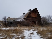 Abandoned barn in the snow