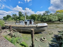 Abandoned boat along the Thames