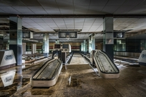 Abandoned bowling mill Photographed by Kiekmal
