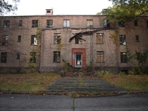 abandoned building in rockland psychiatric center in new york- it opened in  and closed in the s Orange is the new black was actually filmed here