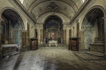 Abandoned chapel in Italy  by Oreste Messina