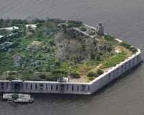 Abandoned civil war fort Fort Carroll Baltimore