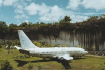 Abandoned commercial airline plane Destination unknown