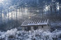 Abandoned cottage covered in snow Pristina Kosovo  from Al-Jazeera