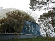 Abandoned Dome restaurant in Cape Cod