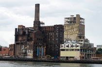 Abandoned Domino Sugar Factory in NYC posted by umypene on rpics