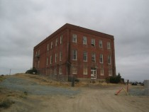 Abandoned factory in Crockett California