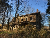 Abandoned farm house in central New Jersey USA