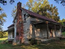 Abandoned Farm house in Tennessee