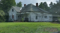 Abandoned farm house Mormon Ky x