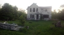 Abandoned farm house turned meth lab turned abandoned gutted house