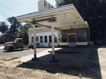 Abandoned gas station California Route
