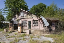 Abandoned gas station in Selma Alabama